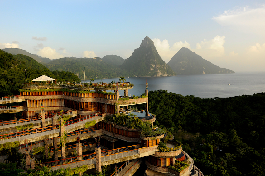 23-Jade-Mountain