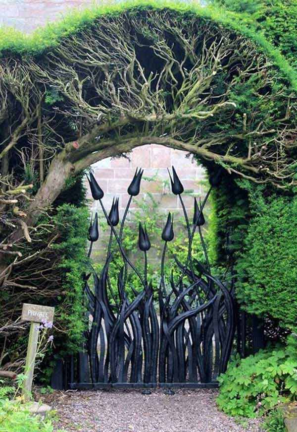 22 Beautiful Garden Gate Ideas To Reflect Style