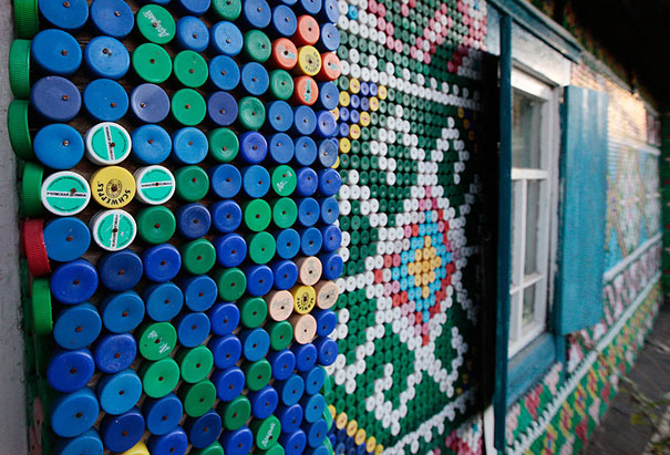 plastic-bottles-recycling-ideas-40