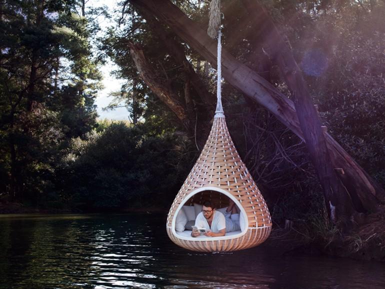 12-nestrest-garden-suspended-chair