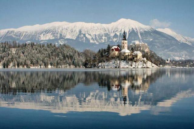 Places-You-Should-Visit-This-Winter-34