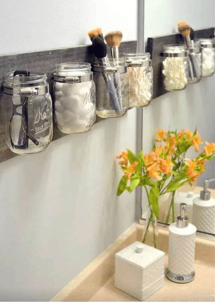 40+ brilliant diy storage and organization hacks for small bathrooms