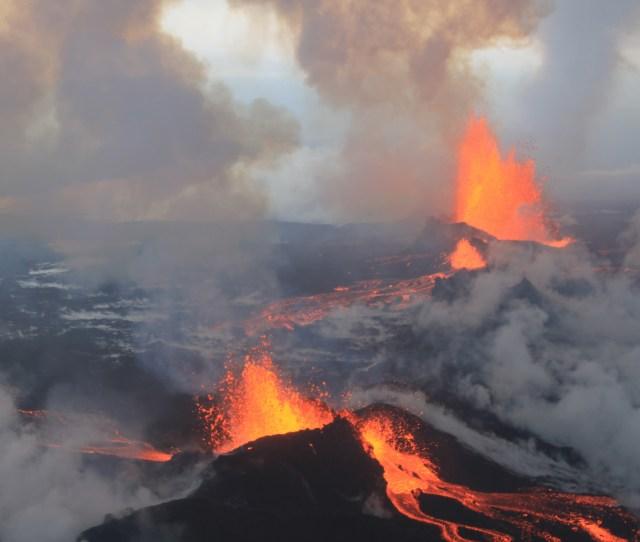 Icelands Volcanic Eruption Enlarge