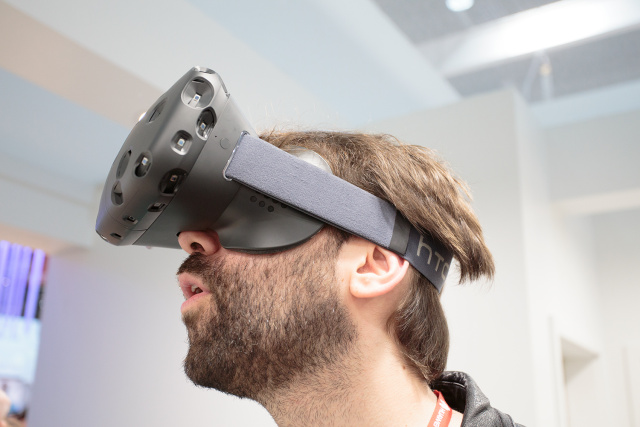 HTC/Valve Vive VR headset, on a hairy tech journalist