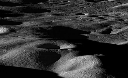 The Trump administration's lunar plan finally has a price. Sort of.