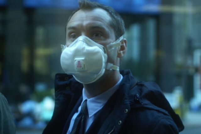 <em>Contagion</em> (2011) was inspired by real-world pandemics like the 2002-2004 SARS outbreak and the 2009 flu pandemic