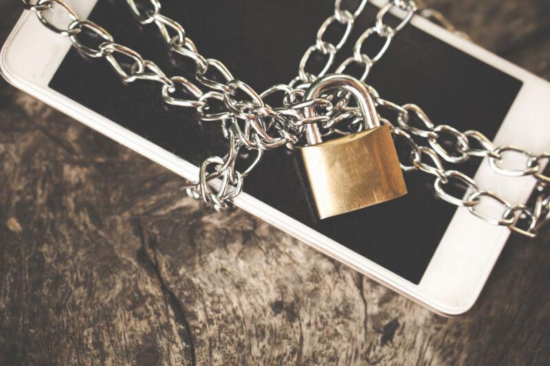 Arizona app store bill fails after heavy lobbying from Google and Apple