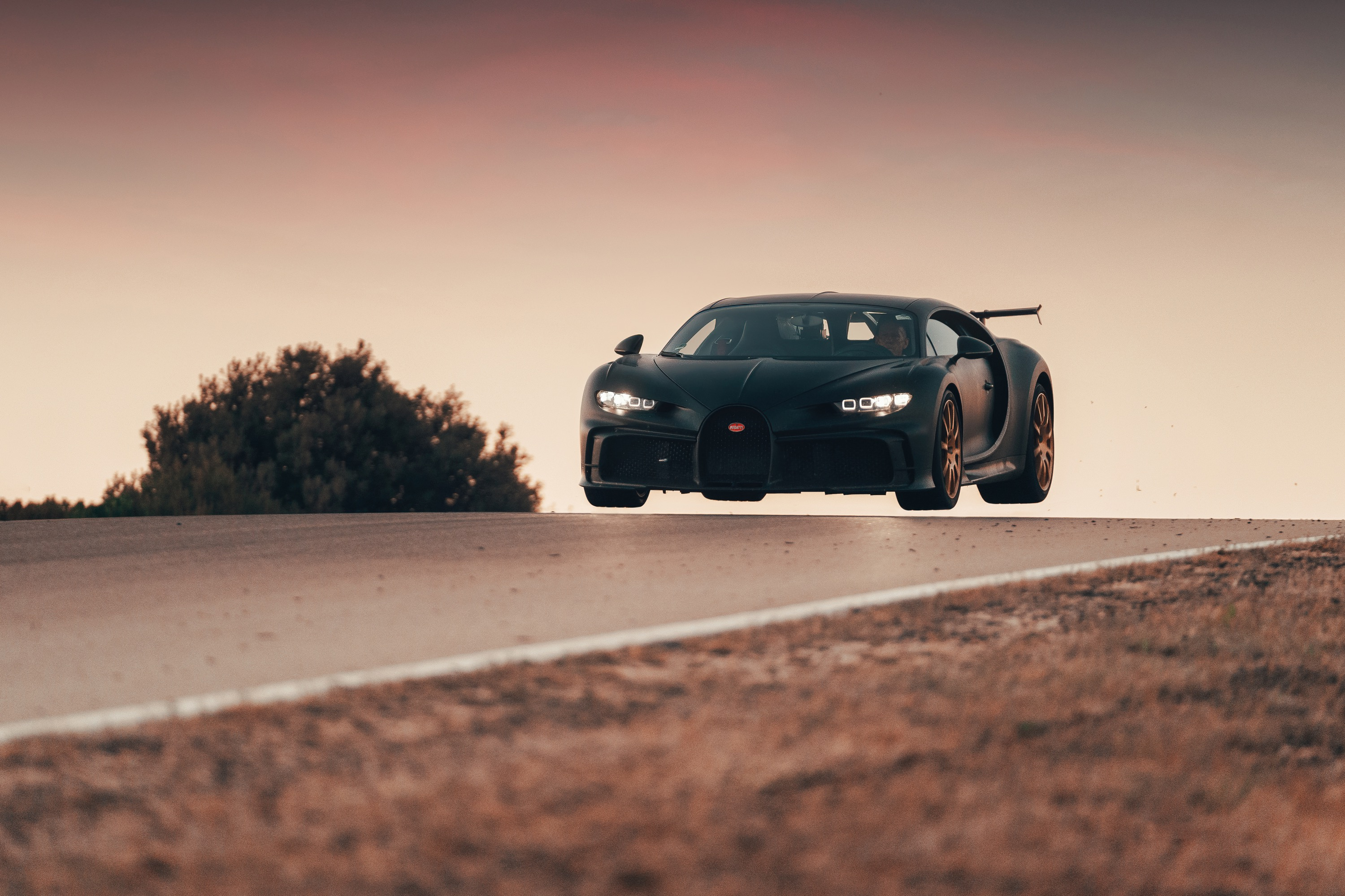 We did not get any air during our hour with the Chiron Pur Sport.