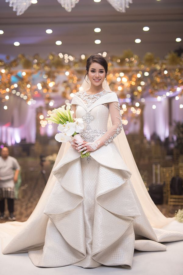 Exclusive The 4 Fairytale Wedding Ceremonies Of Dr