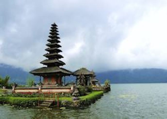 The Water Temple, Lake Bratan