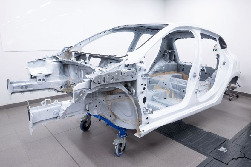 metal structure of a monoblock car
