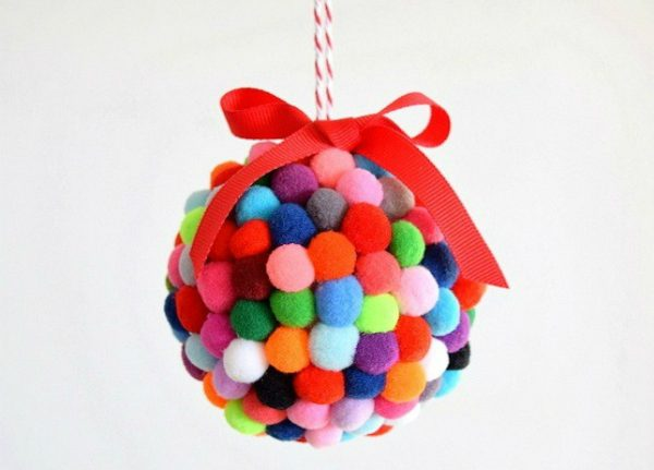 9 Easy Christmas Decorations To Make With Your Kids
