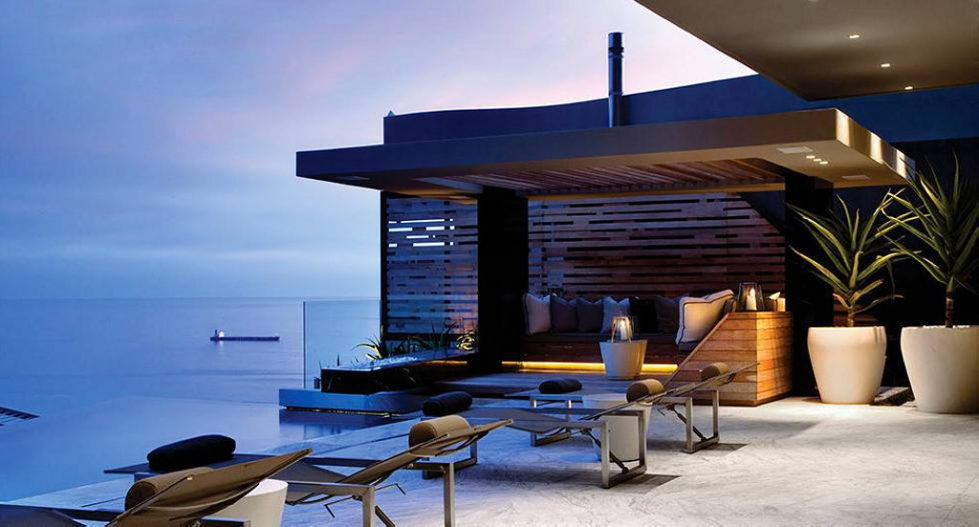 Luxury House Head Road 1843 With The Ocean View By SAOTA