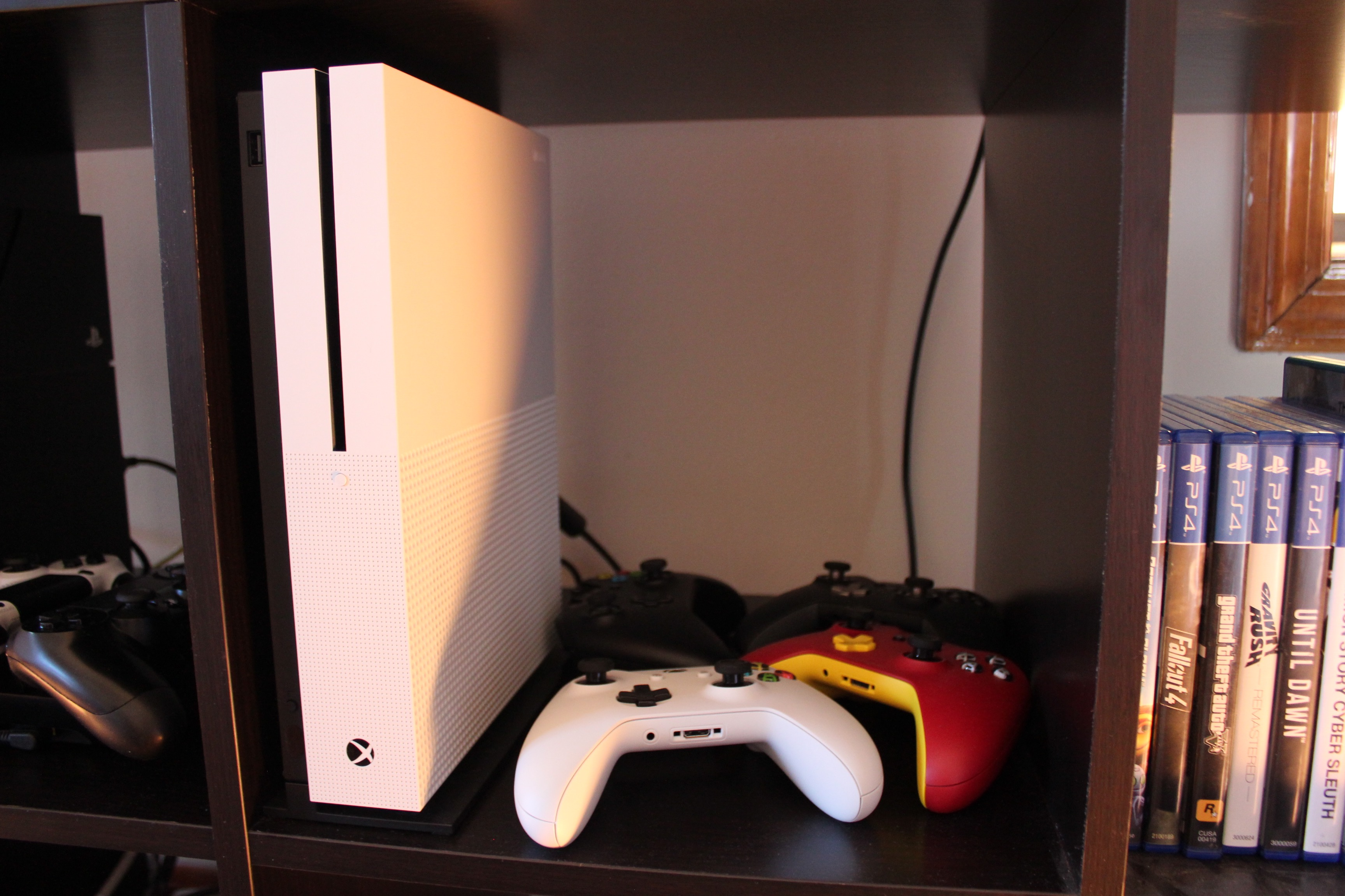 Xbox One S Review Everything The Xbox One Should Have