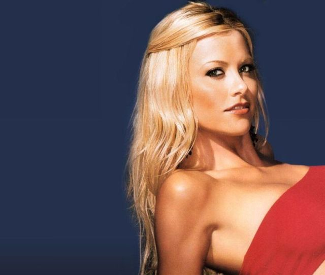 In 2006 Lisa Achieved Wag Status When She Married Scott Podsednik Who Then Played For The Chicago White Sox