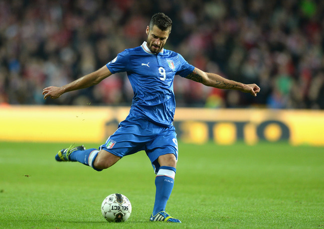 Hi-res-184441965-antonio-candreva-of-italy-in-action-during-the-fifa_crop_650