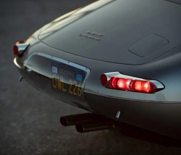 jaguar-e-type-low-drag-coupe-8.jpg