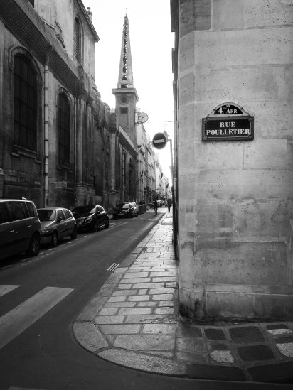 Rue Pourlletier on I'le Saint Louis, Paris 2015.