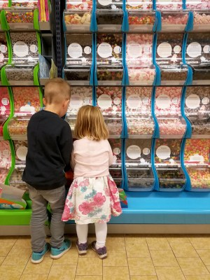 Resultado de imagen de Lørdagsgodt butikken