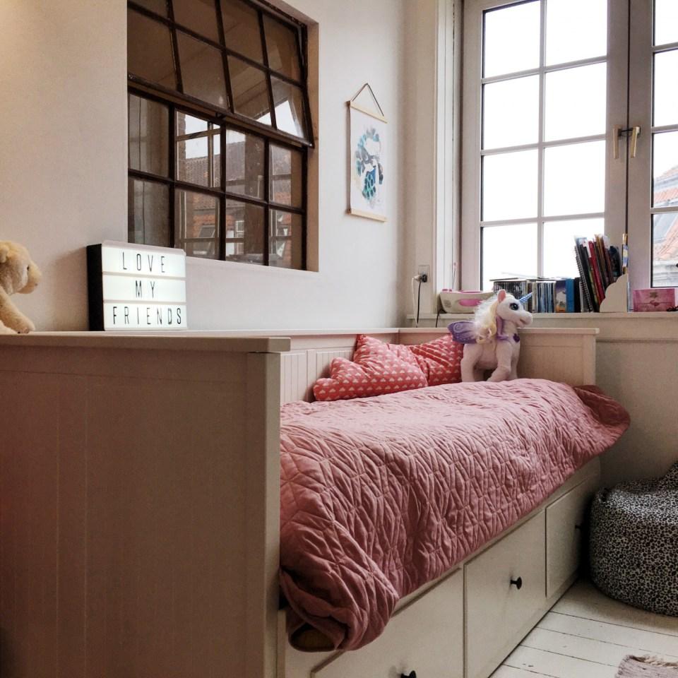 børneværelse seng opbevaring