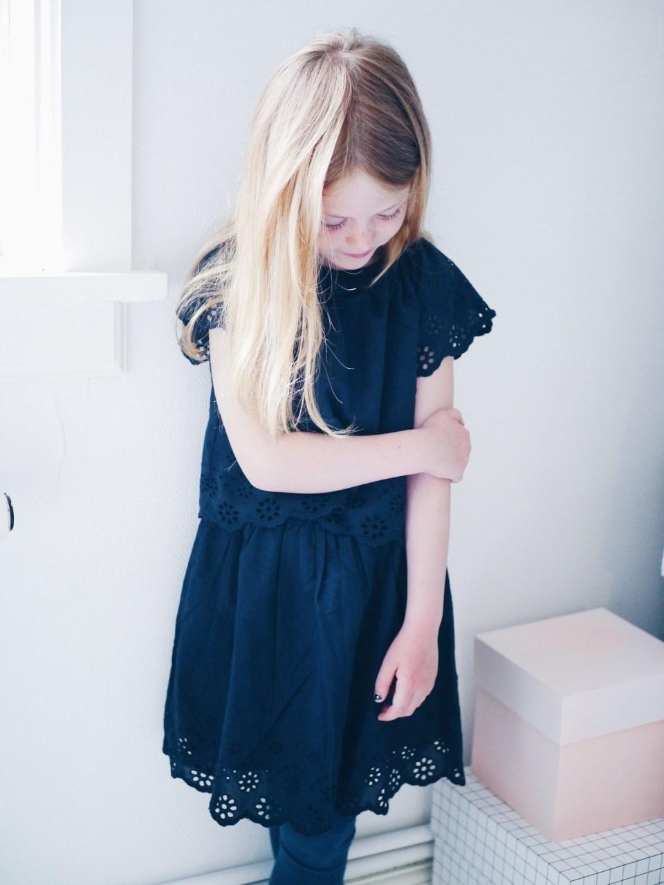 kjole broderie anglaise
