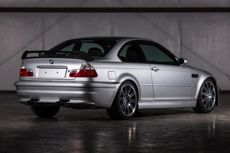 BMW M3 GTR Road version 1900x1200 images 10 750x500