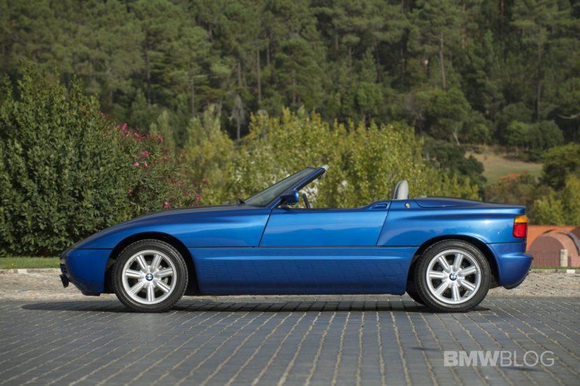 BMW Z1 blue images 15 830x553