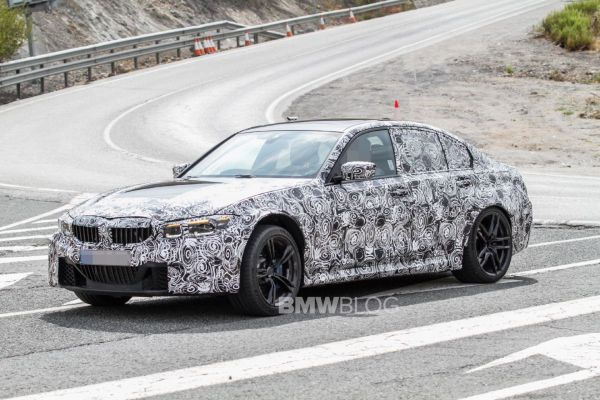 SPIED: G80 BMW M3 shows off its grill at the