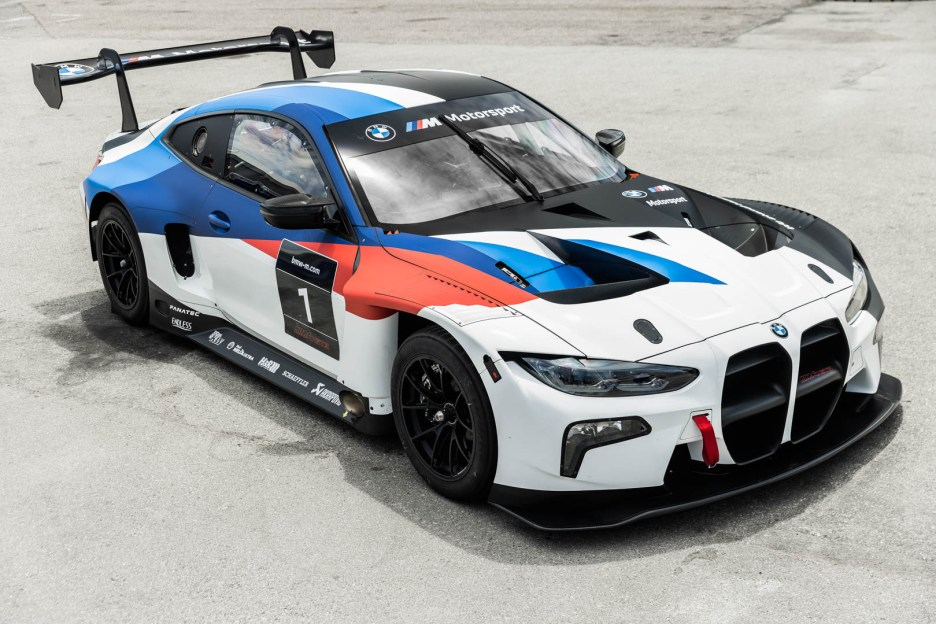 BMW M4 GT3 6 of 14
