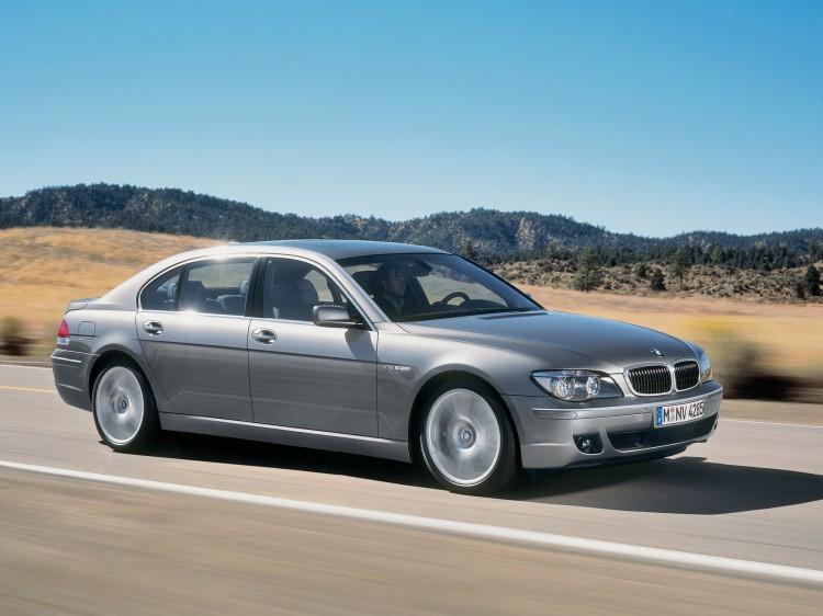 BMW 7 Series E65 2002 Photo 16 750x562