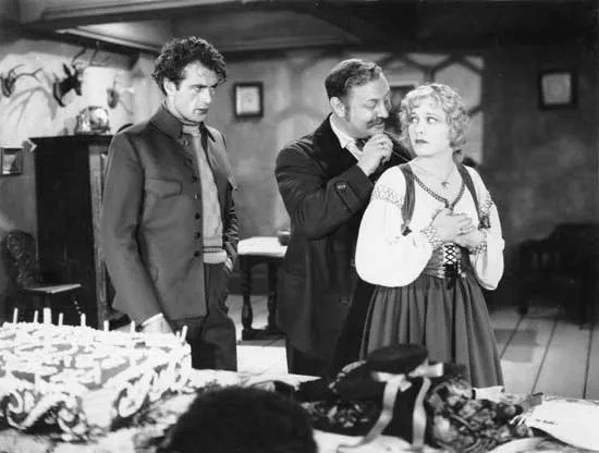 (De izquierda a derecha) Gary Cooper, Emil Jannings y Esther Ralston en Betrayal (1929).