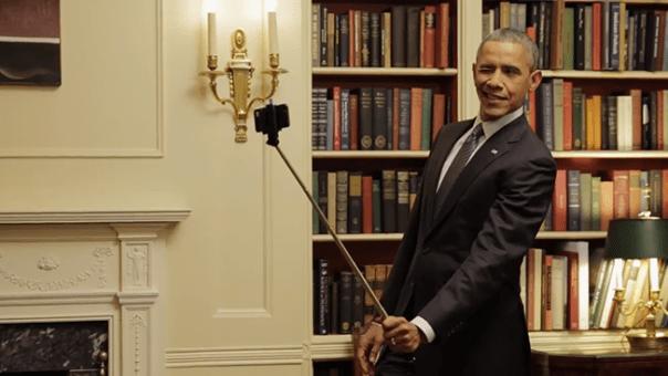 obamaselfiestickhed2015