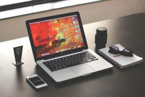 laptop-1035345_640