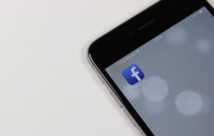 Publishers May Have To Pay To Be On Facebook News Feed