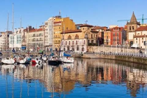Puerto de Gijón, en Asturias