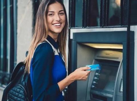 Tener una tarjeta de crédito sin beneficios