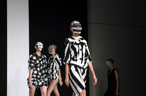 Anrealage-SS14-Japan-Fashion-Week