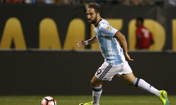 juve-gonzalo-higuain-is-in-madrid-pics-46847-2