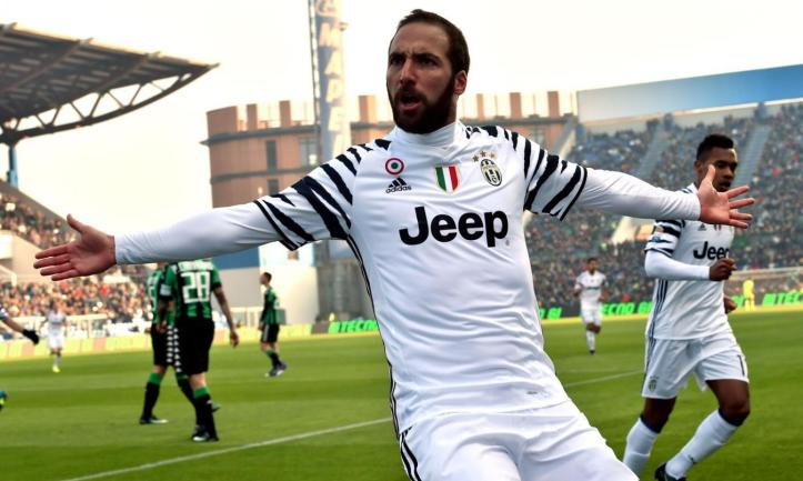 juve-gonzalo-higuain-is-in-madrid-pics-46847-6