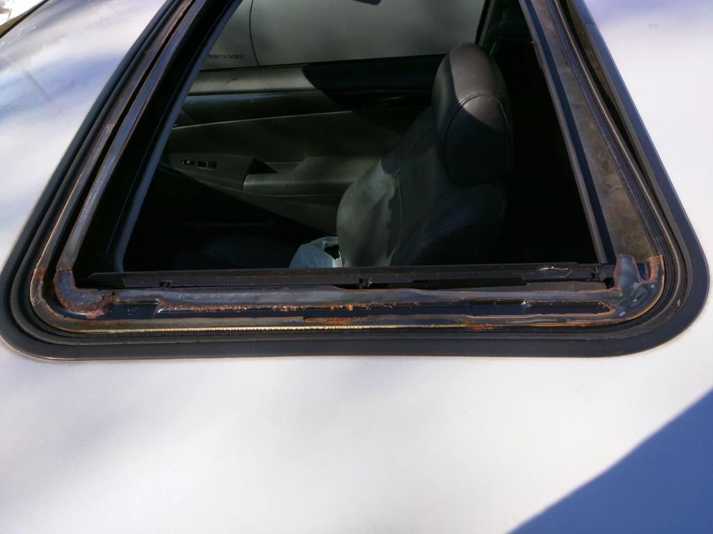 Toyota Solara Sunroof Flew Off The Car 1 Complaints