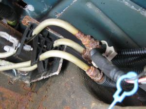 2001 Chevrolet Silverado Rusty Fuel Lines: 1 Complaints
