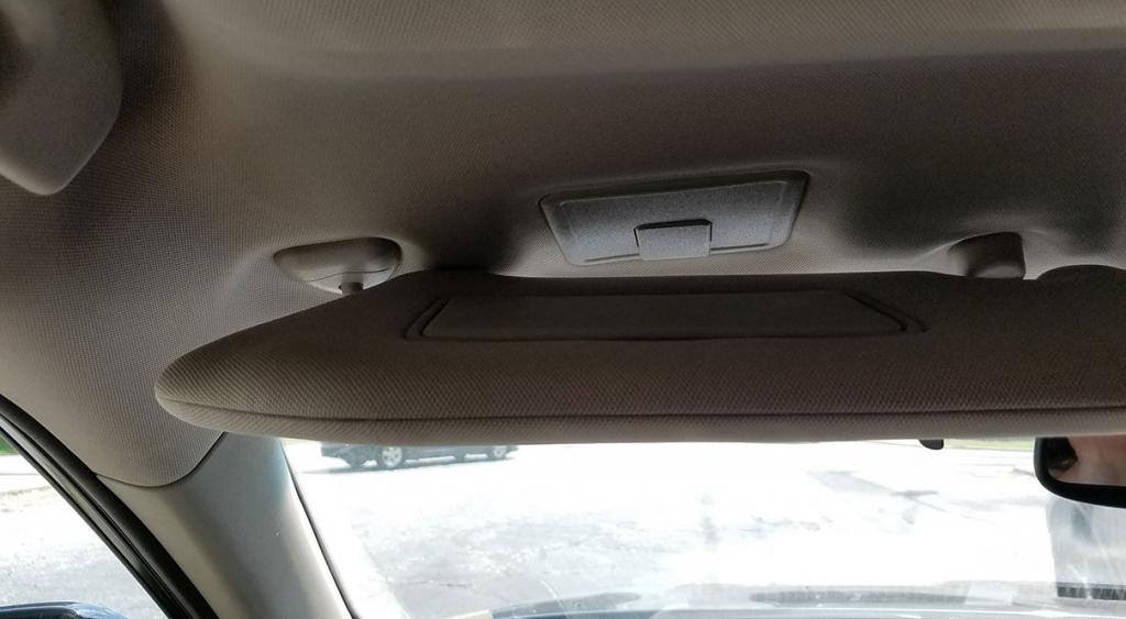 2013 Nissan Pathfinder Sun Visor Falling Down 10 Complaints