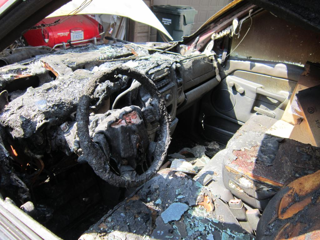 2005 Dodge Ram 3500 Relay Failure Resulting In Fire 1