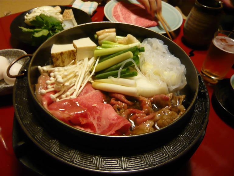 Mách bạn các quán lẩu cực ngon ở Tokyo 2
