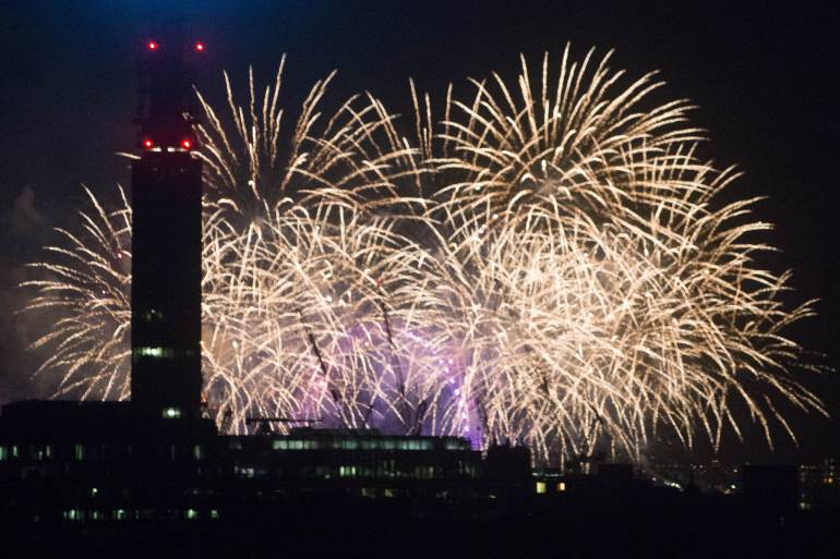 New Year s Eve Fireworks 2018  31st Dec   1st Jan  2019   London Cheapo Photo by Alexander Baxevanis used under CC  This year s new year s eve  fireworks