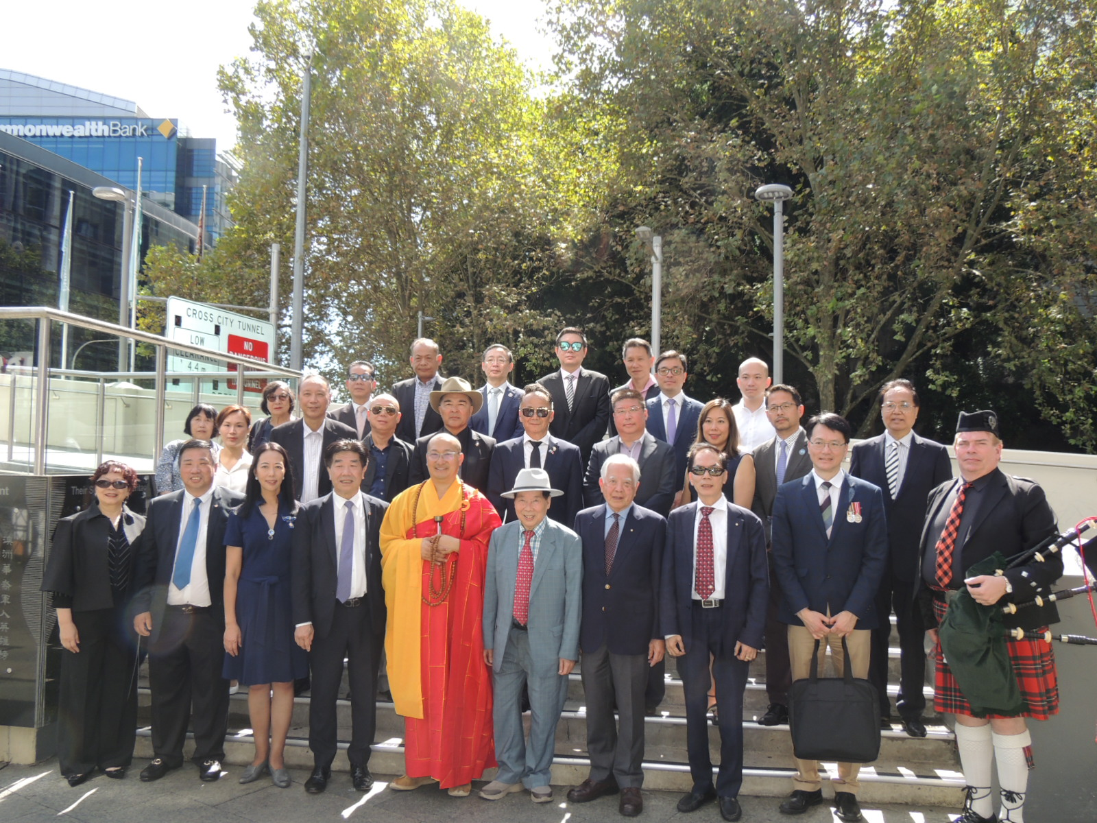 The China Trade Association held a commemorative ceremony on the day of Ching Ming Festival. More than 30 people attended the memorial to the Chinese soldiers who presented flowers | Australia Chinatown Community News