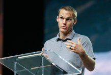 David Platt Calls for Prayers for Church Leaders as Pastors Are 'Struggling More Than Ever' During Coronavirus Plague