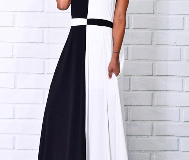 Black And White Patchwork Pockets Print Halter Neck Maxi Dress