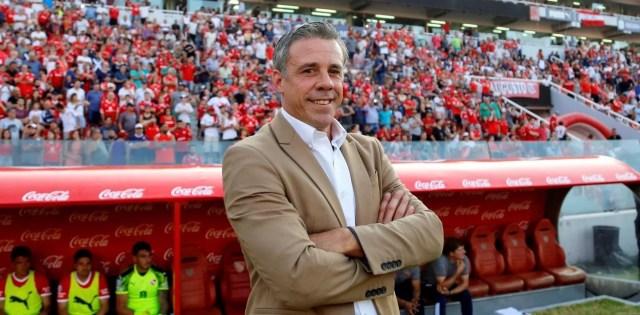 "Lucas Pusineri: ""Le estamos guardando la 10 a Agüero"""
