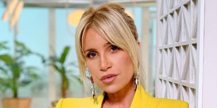 """En body blanco ultracavado, Florencia Peña mostró su look """"todoterreno"""""""